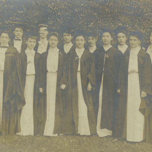 Photograph of the College for Women, Class of 1904